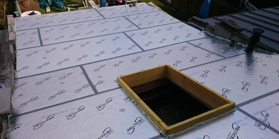 isolation lille travaux d 39 isolation de la toiture dans le nord. Black Bedroom Furniture Sets. Home Design Ideas